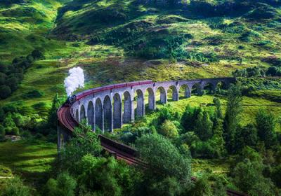 Glenfinnan-rail-train-journey
